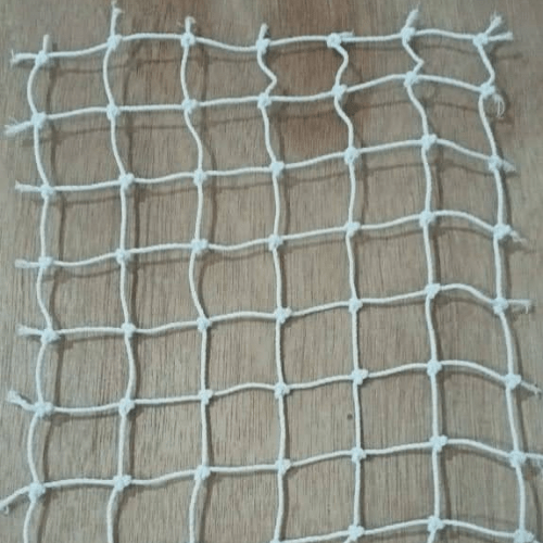 Size of pigeon Net
